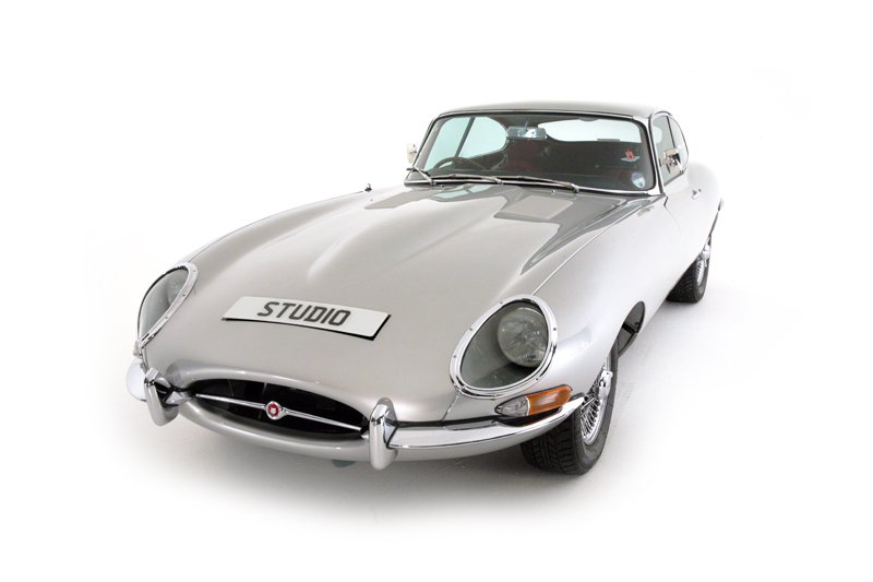 Jaguar E Type S1 FH Coupe (1962)
