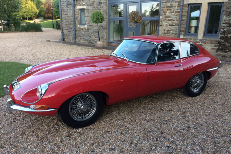 Jaguar E Type S1.5 FHC (1965)