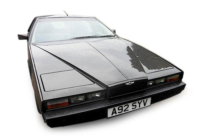 Aston Martin Lagonda Series 2 (1984).