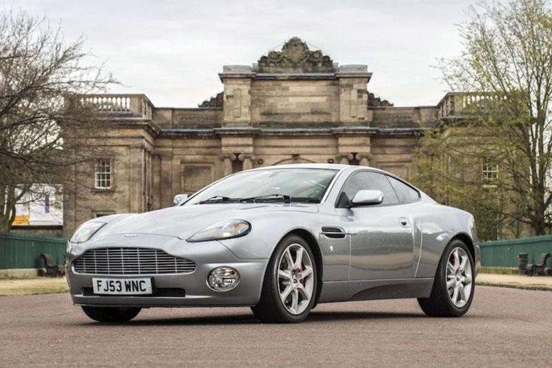 Aston Martin Vanquish (2004)